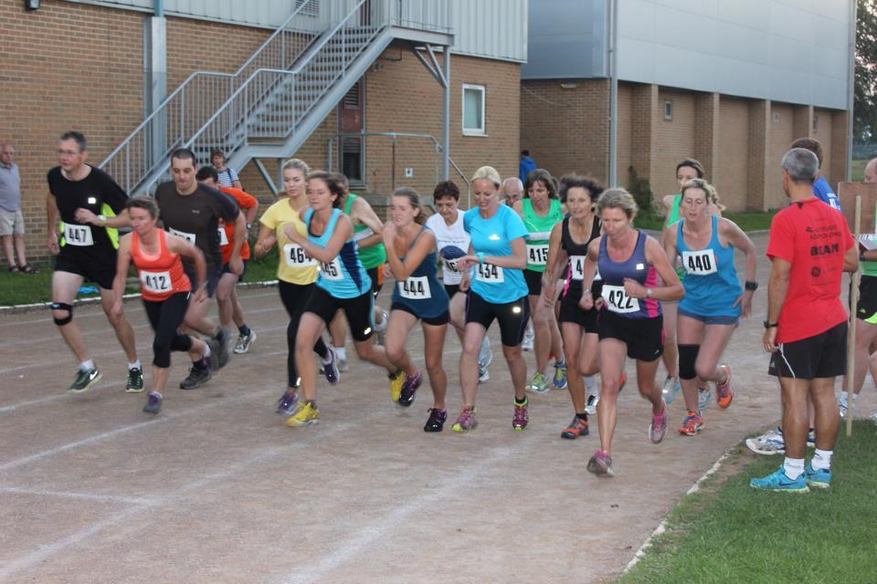 Autumn Mile start 2014