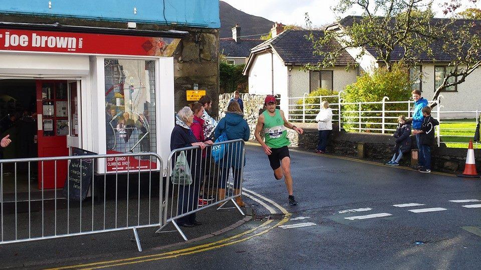 33rd Marathon Eryri Llanberis High St